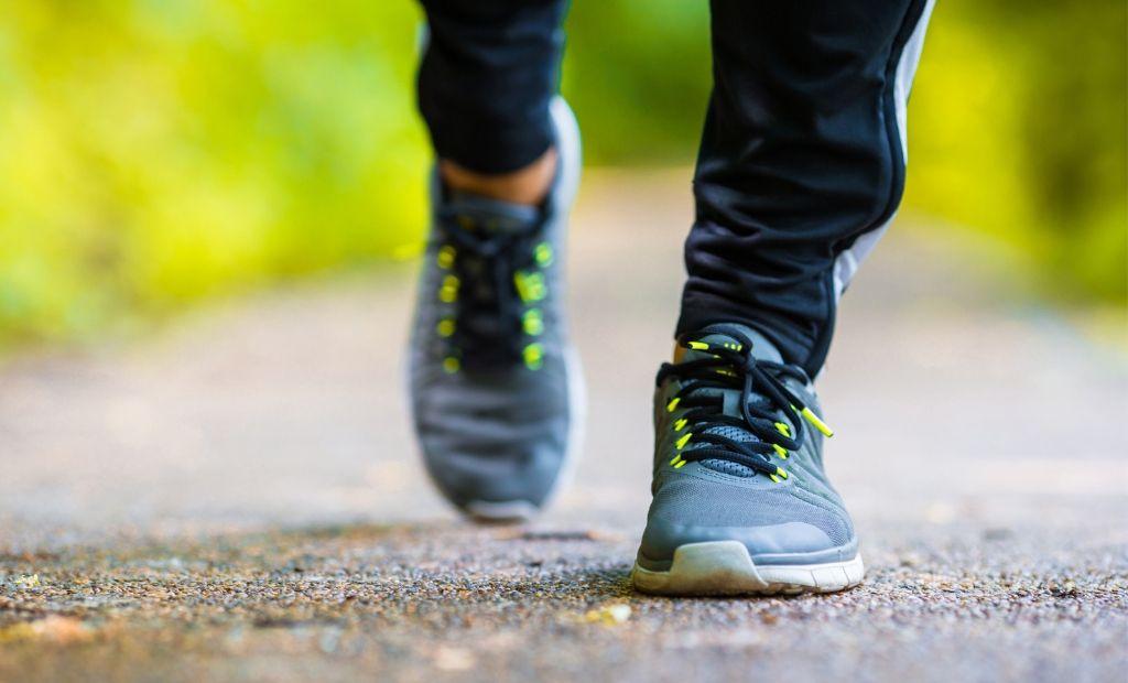 best walking shoes for men with flat feet | what are the best walking shoes for flat feet | what brand of shoes are best for flat feet