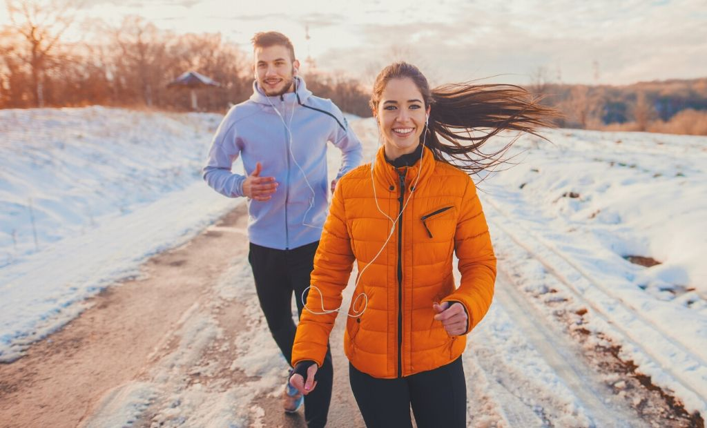 how to run in the cold | running in the winter for beginners | what to wear running in cold weather