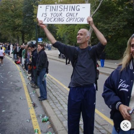 funny marathon signs 2017 | jogging puns | things to tell runners