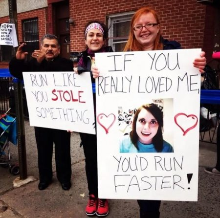 funny signs to make for marathon runners | what to say to cheer on a runner | when your legs get tired run with your heart quotes