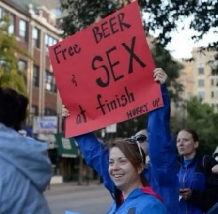 funny running signs for races   funny signs for marathon runners   funny marathon signs reddit