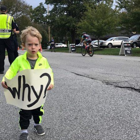 funny marathon signs for moms | funny marathon signs for husband | funny marathon signs for friends